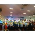 Liên kết hợp tác và trao 100 phần quà cho trường Đại học Nguyễn Tất Thành